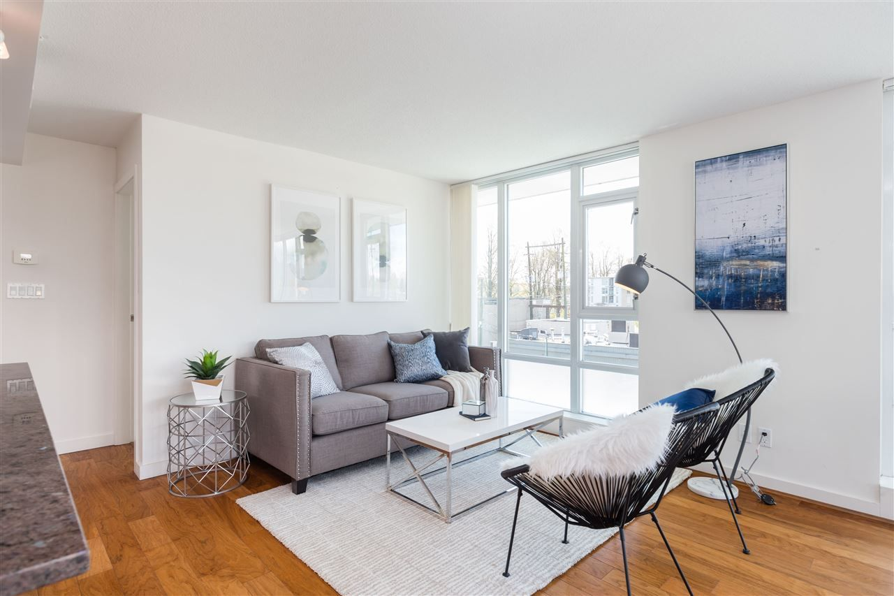 Photo 2: Photos: 365 2080 W BROADWAY in Vancouver: Kitsilano Condo for sale (Vancouver West)  : MLS®# R2380022