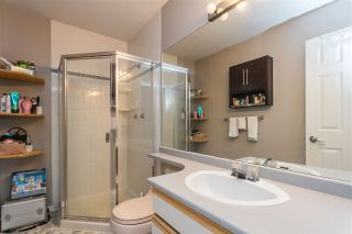 """Photo 25: 2 13964 72 Avenue in Surrey: East Newton Townhouse for sale in """"Uptown North"""" : MLS®# R2501759"""