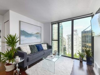 "Photo 3: 2106 1331 W GEORGIA Street in Vancouver: Coal Harbour Condo for sale in ""The Pointe"" (Vancouver West)  : MLS®# R2504782"