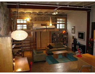 """Photo 2: 3 280 E 6TH Avenue in Vancouver: Mount Pleasant VE Condo for sale in """"BREWERY CREEK"""" (Vancouver East)  : MLS®# V648692"""