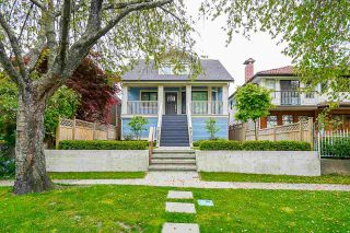 Photo 2: 1454 E 20TH Avenue in Vancouver: Knight 1/2 Duplex for sale (Vancouver East)  : MLS®# R2578069