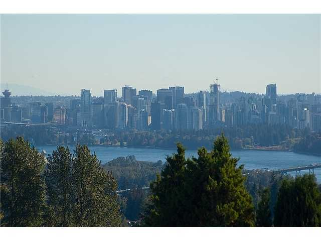 Main Photo: 701 EYREMOUNT Drive in West Vancouver: British Properties House for sale : MLS®# V925262