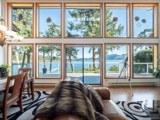Photo 5: 8834 Canal Rd in Pender Island: GI Pender Island House for sale (Gulf Islands)  : MLS®# 836327