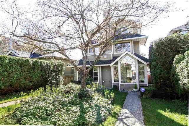 Main Photo: 3238 W 7th Ave in Vancouver: Kitsilano 1/2 Duplex for sale (Vancouver West)  : MLS®# R2052417