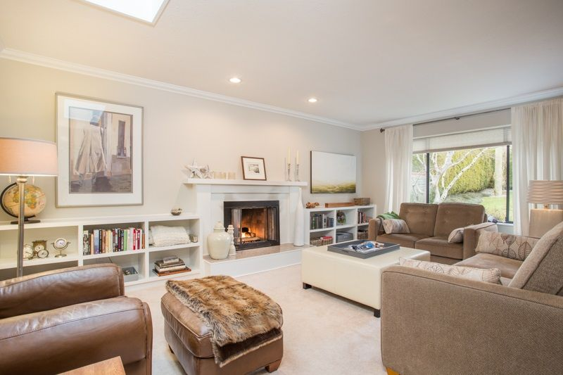 Main Photo: 3379 NORWOOD Avenue in North Vancouver: Upper Lonsdale House for sale : MLS®# R2348316