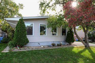 Photo 3: 47 Cortez Bay in Winnipeg: Westwood Residential for sale (5G)  : MLS®# 202123447