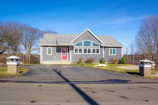 Photo 2: 8 UPPER CROSS Road in Conway: 401-Digby County Residential for sale (Annapolis Valley)  : MLS®# 202104734