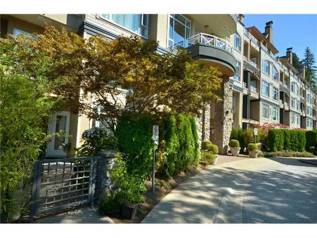 """Main Photo: 105 3600 WINDCREST Drive in North Vancouver: Roche Point Townhouse for sale in """"WINDSONG"""" : MLS®# V932458"""