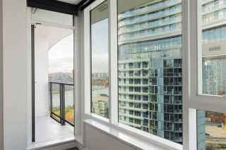 Photo 11: 1112 68 SMITHE Street in Vancouver: Downtown VW Condo for sale (Vancouver West)  : MLS®# R2588565