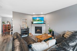 Photo 2: 1106 13 Street: Cold Lake Attached Home for sale : MLS®# E4263828