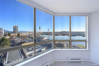 """Photo 1: 700 328 CLARKSON Street in New Westminster: Downtown NW Condo for sale in """"HIGHOURNE TOWER"""" : MLS®# R2544152"""