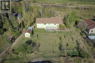 Photo 2: 315 1 Avenue in Drumheller: House for sale : MLS®# A1106452