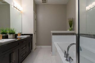 Photo 3: 115 3458 BURKE VILLAGE PROMENADE in Coquitlam: Home for sale : MLS®# R2305846