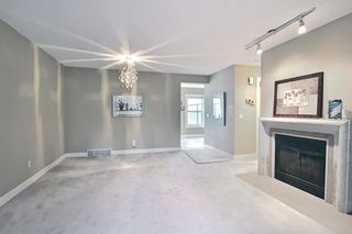 Photo 5: 1639 38 Avenue SW in Calgary: Altadore Row/Townhouse for sale : MLS®# A1140133