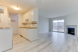 """Photo 3: 440 22661 LOUGHEED Highway in Maple Ridge: East Central Condo for sale in """"GOLDEN EARS GATE"""" : MLS®# R2513014"""