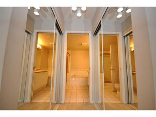 """Photo 6: 312 5518 14TH Avenue in Tsawwassen: Cliff Drive Condo for sale in """"WINDSOR WOODS"""" : MLS®# V1007789"""