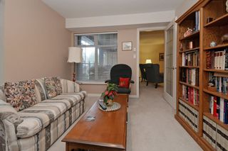 """Photo 15: 110 1140 STRATHAVEN Drive in North Vancouver: Northlands Condo for sale in """"Strathaven"""" : MLS®# R2178970"""