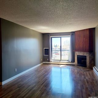 Photo 1: 301 802B Kingsmere Boulevard in Saskatoon: Lakeview SA Residential for sale : MLS®# SK869654