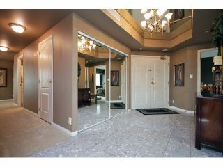 "Photo 2: 1402 32330 S FRASER Way in Abbotsford: Abbotsford West Condo for sale in ""TOWN CENTRE"" : MLS®# F1415327"