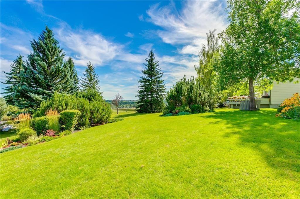 Photo 5: Photos: 17 185 WOODRIDGE Drive SW in Calgary: Woodlands Row/Townhouse for sale : MLS®# C4295020
