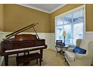 Photo 4: 21082 83B AV in Langley: Willoughby Heights House for sale : MLS®# f1432026