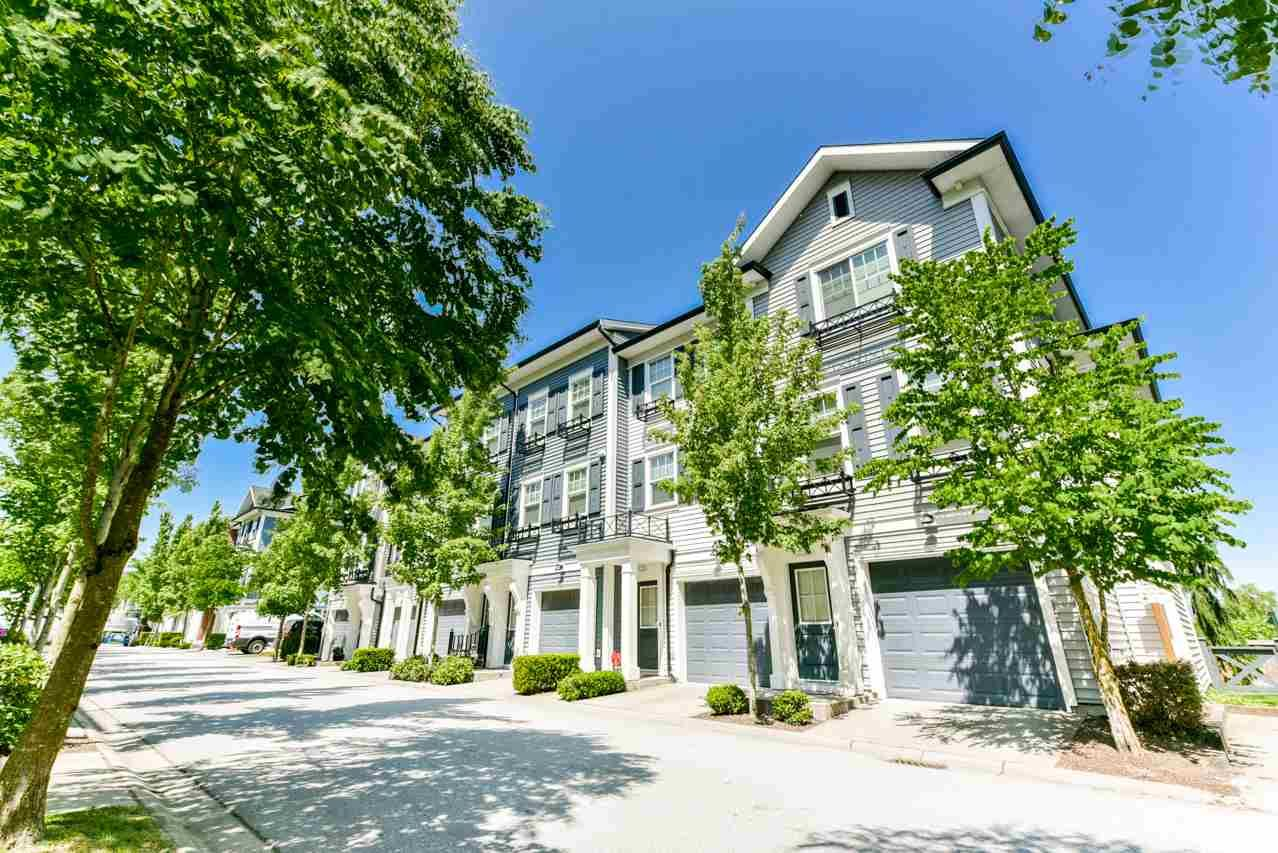 """Main Photo: 34 7348 192A Street in Surrey: Clayton Townhouse for sale in """"KNOLL"""" (Cloverdale)  : MLS®# R2271971"""