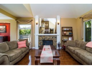 """Photo 3: 9734 206TH Street in Langley: Walnut Grove House for sale in """"Derby Hills"""" : MLS®# F1441883"""