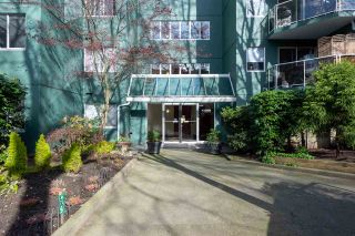 """Photo 22: 401 1508 MARINER Walk in Vancouver: False Creek Condo for sale in """"MARINER POINT"""" (Vancouver West)  : MLS®# R2573936"""