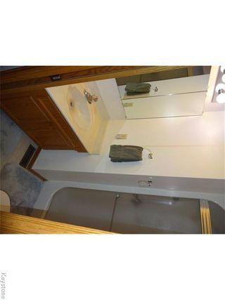 Photo 11: 95 Redview Drive in Winnipeg: St Vital Residential for sale (South East Winnipeg)  : MLS®# 1611382