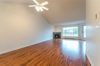 """Photo 3: 20 13640 84 Avenue in Surrey: Bear Creek Green Timbers Condo for sale in """"Trails at Bearcreek"""" : MLS®# R2258365"""