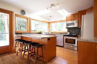 Photo 11: 1935 PARKSIDE Lane in North Vancouver: Deep Cove House for sale : MLS®# R2539750