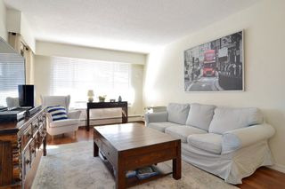 """Photo 2: 306 436 SEVENTH Street in New Westminster: Uptown NW Condo for sale in """"Regency Court"""" : MLS®# R2242396"""