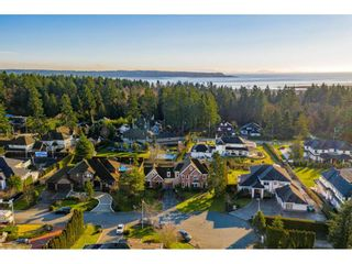"Photo 3: 12236 56 Avenue in Surrey: Panorama Ridge House for sale in ""Panorama Ridge"" : MLS®# R2530176"