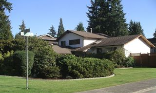 Photo 2: 2376 TOLMIE Avenue in Coquitlam: Central Coquitlam House for sale : MLS®# V789267