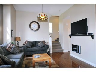 "Photo 6: 2 23281 KANAKA Way in Maple Ridge: Cottonwood MR Townhouse for sale in ""WOODRIDGE"" : MLS®# V1032160"