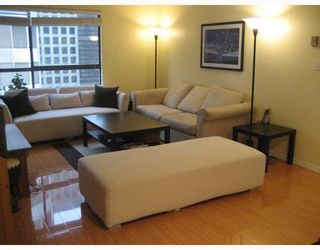 """Photo 2: 1505 1060 ALBERNI Street in Vancouver: West End VW Condo for sale in """"THE CARLYLE"""" (Vancouver West)  : MLS®# V759388"""
