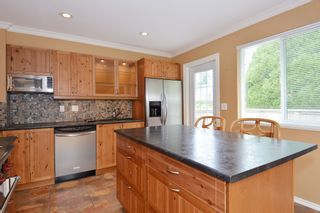 """Photo 29: 13151 15A Avenue in Surrey: Crescent Bch Ocean Pk. House for sale in """"Ocean Park"""" (South Surrey White Rock)  : MLS®# F1423059"""