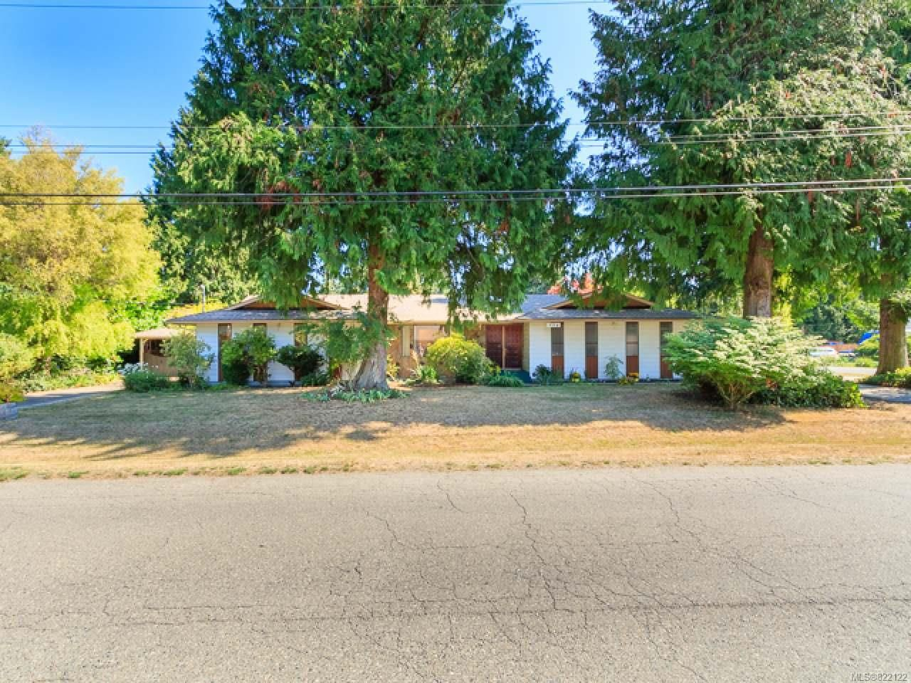 Main Photo: 994 MAPLE LANE DRIVE in PARKSVILLE: PQ Parksville House for sale (Parksville/Qualicum)  : MLS®# 822122
