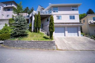 "Photo 3: 2750 ST MORITZ Way in Abbotsford: Abbotsford East House for sale in ""GLENN MOUNTAIN"" : MLS®# R2496840"