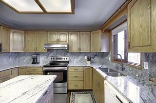 Photo 4: 121 Hawkland Place NW in Calgary: Hawkwood Detached for sale : MLS®# A1071530