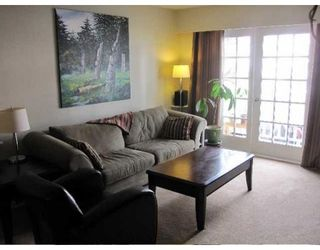 Photo 2: # 206 120 W 17TH ST in North Vancouver: Condo for sale : MLS®# V875862