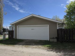 Photo 3: 230 8 ave: Sundre Detached for sale : MLS®# A1112341
