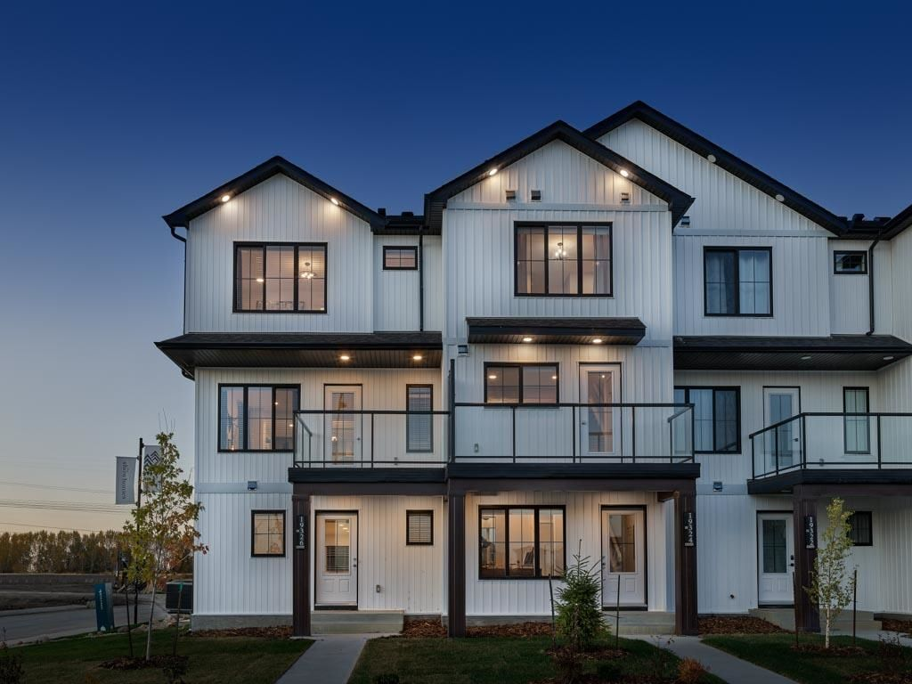 Main Photo: 19705 28 Avenue in Edmonton: Zone 57 Attached Home for sale : MLS®# E4246138