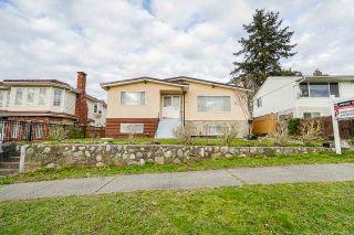 Photo 1: 1725 E 60TH Avenue in Vancouver: Fraserview VE House for sale (Vancouver East)  : MLS®# R2529147