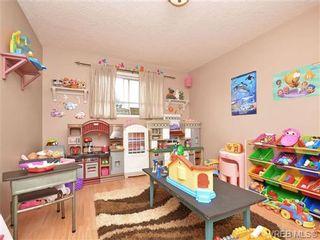 Photo 16: 1025 Goldstream Ave in VICTORIA: La Langford Proper Half Duplex for sale (Langford)  : MLS®# 699433