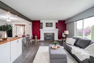 Photo 3: 22738 124 Avenue in Maple Ridge: East Central House for sale : MLS®# R2373471