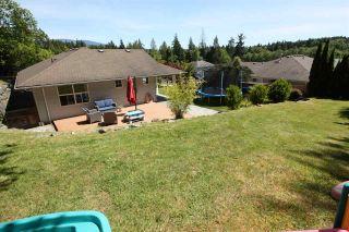 Photo 17: 5943 ST ANDREWS Place in Sechelt: Sechelt District House for sale (Sunshine Coast)  : MLS®# R2459726