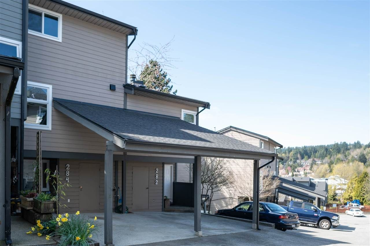 Main Photo: 284 BALMORAL PLACE in Port Moody: North Shore Pt Moody Townhouse for sale : MLS®# R2450490