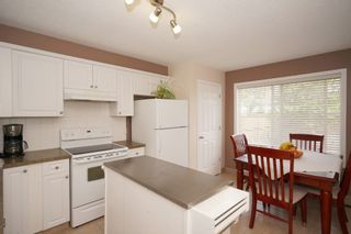Photo 7: Affordable half duplex in Calgary, Alberta