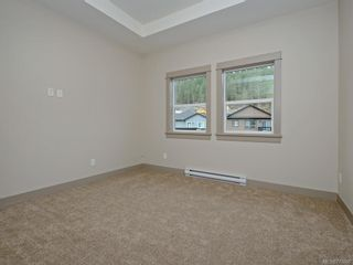 Photo 10: 13 Massey Pl in View Royal: VR Six Mile Row/Townhouse for sale : MLS®# 777606